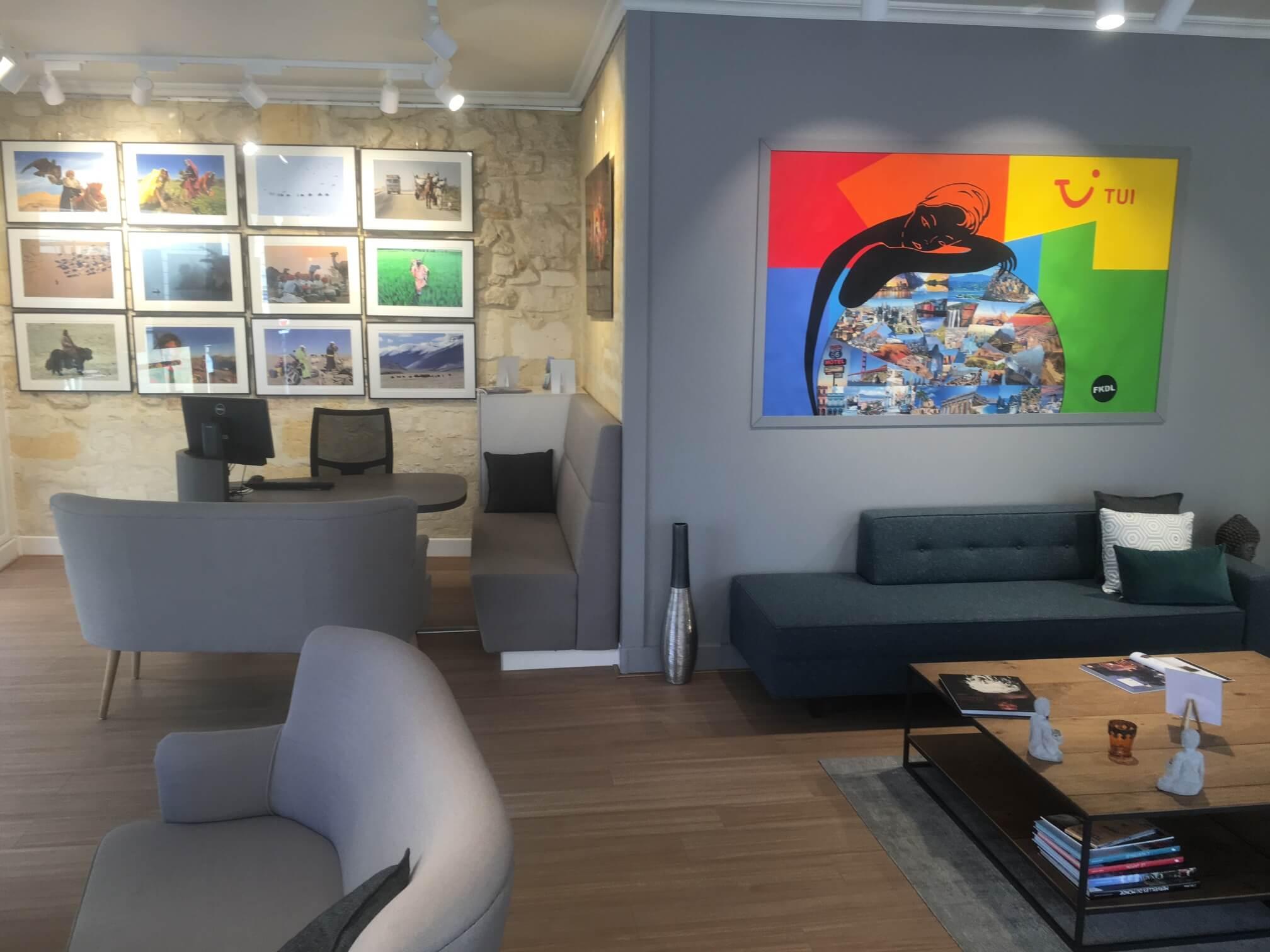 agence de voyages tui store espace voyages sur mesure bordeaux cath drale. Black Bedroom Furniture Sets. Home Design Ideas
